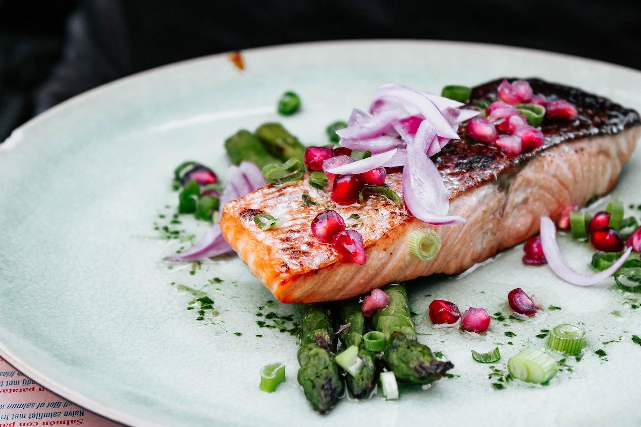 Oι αντιγηραντικές τροφές που πρέπει να αρχίσεις να τρως μετά τα 30
