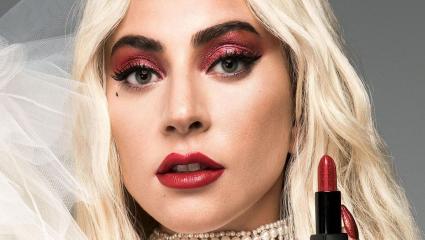 Red lipstick, το λατρεμένο: Έτσι θα πετύχεις τη τέλεια εφαρμογή χωρίς… ατυχήματα
