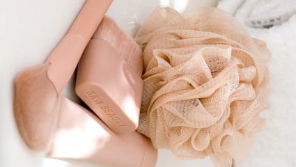 Είσαι σίγουρη πως ξέρεις κάθε πότε πρέπει να αντικαθιστάς το σφουγγάρι με το οποίο κάνεις μπάνιο;