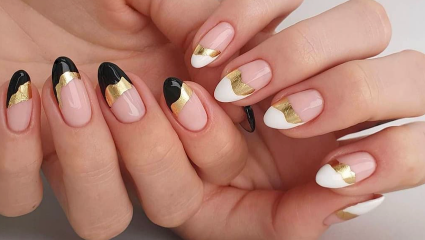 Mismatched nails | Το νέο trend που ταιριάζει άψογα σε αυτό το καλοκαίρι