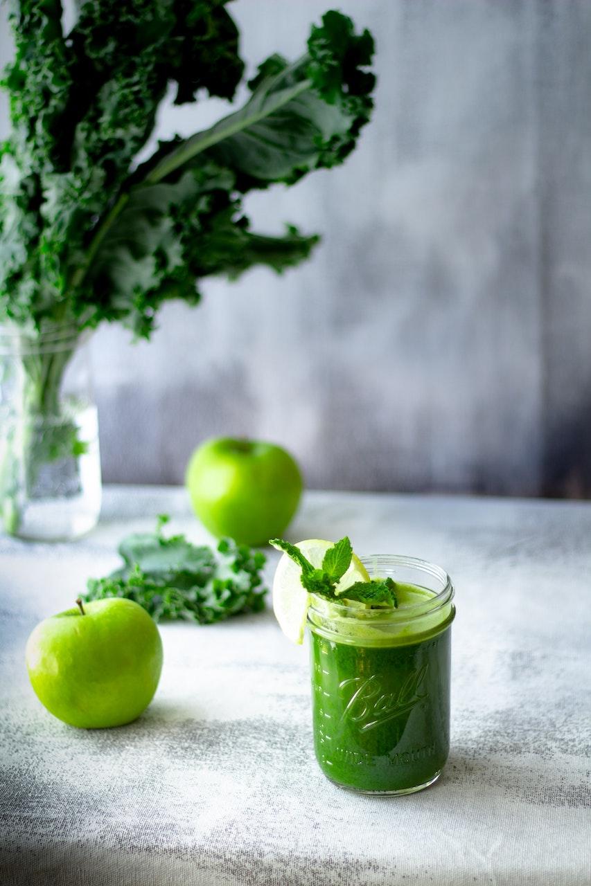 Δώρο στο ανοσοποιητικό σου   Το πρωινό kale smoothie που θα σε γεμίσει ενέργεια