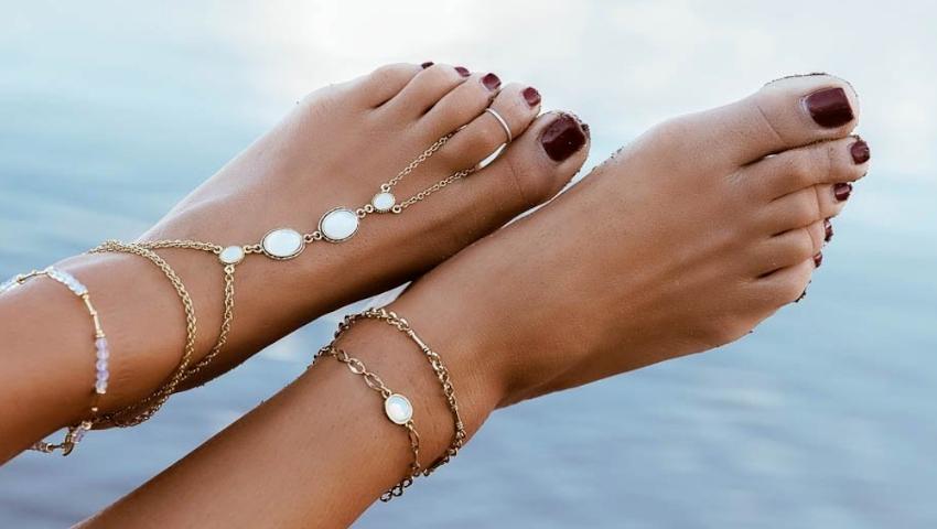 Summer feet | Οι πιο ωραίες αλυσίδες για τα πόδια που φέτος κάνουν τη διαφορά