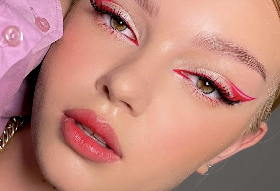 To eyeliner φέτος το καλοκαίρι θέλει χρώμα | Οι πιο grande ιδέες