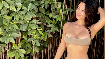 Kim Kardashian trend | Τα nude μαγιό στην κορυφή της λίστας το φετινό καλοκαίρι