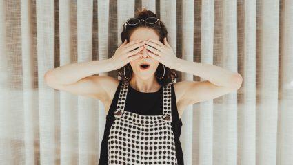 DIY | Η σπιτική μάσκα θεραπείας που κάνει θαύματα στις ταλαιπωρημένες βλεφαρίδες