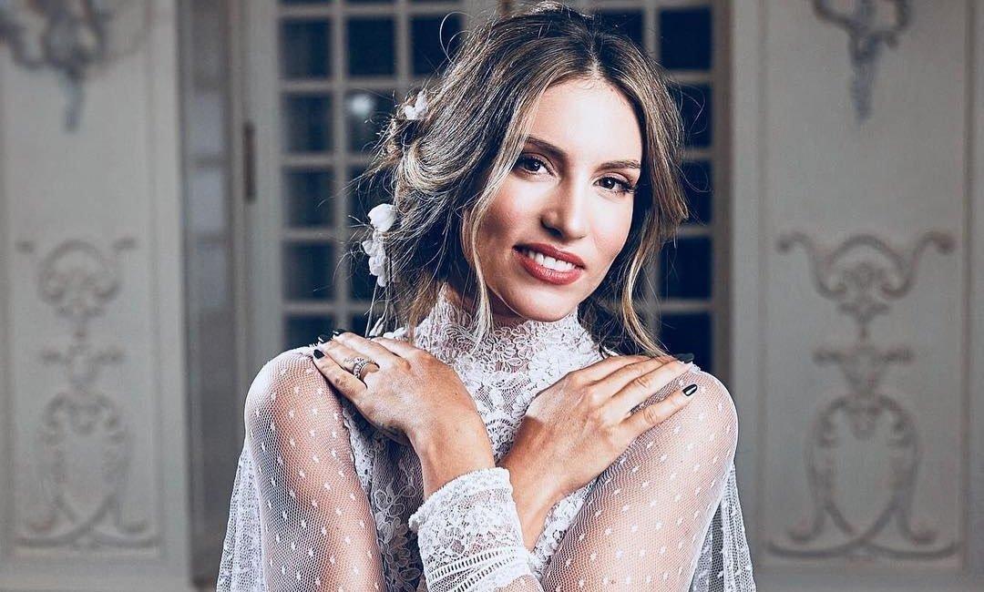 2 + 1 Celia Kritharioti νυφικά που φόρεσαν οι διάσημες και μας έκαναν να ονειρευτούμε